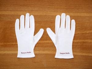 美術品のお手入れ手袋プレゼント